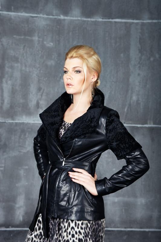 Графиня кожаная куртка